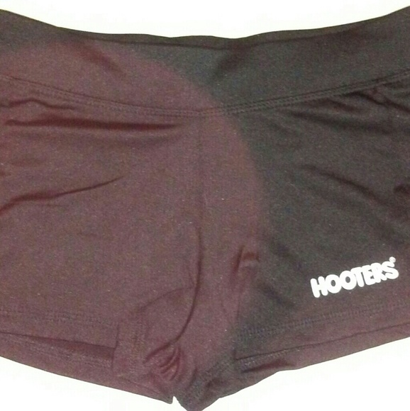 NEW HOOTERS UNIFORM HALLOWEEN COSTUME TANK//SHORT CLEARWATER FLORIDA SMALL//MEDIUM